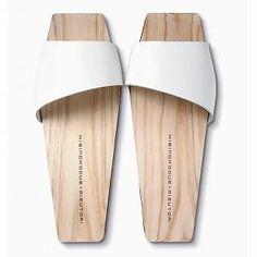 HIBINOKODUE+MIZUTORI/ひのきのはきもの KB-05 ブラックS(23cm) 11800yen 履き心地抜群!天然ひのきの履き物