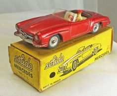 Solido-Mercedes-190SL-metallic-red-white-interior-with-red-steering-wheel-97