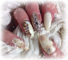 Winter sweater nail art bling nails