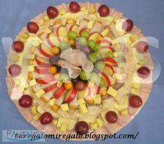 tablas de quesos y jamones Bogota Fruit Salad, Food, Charcuterie Board, Food Art, Meals, Cheese Platters, Hams, Kitchen Gadgets, Food Items