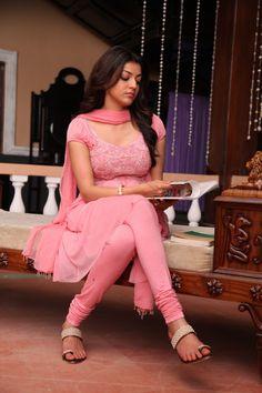 Actress Kajal Agarwal Latest Photos in Pink Long Dress in Sarocharu Movie Celebs - n/w - Team TMR - ..:: TamilMovieRockers ::.. [ Team TMR ]...