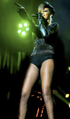 """Rihanna -wearing The Blonds - MADISON SQUARE GARDEN - """"RUN THIS TOWN"""" PERFORMANCE @ Jay Z's 9/11 BENEFIT CONCERT - 2009"""
