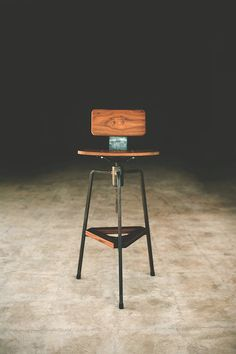 Tre Barstool, Adjustable, made out out Walnut or pecan and steel #seating #design