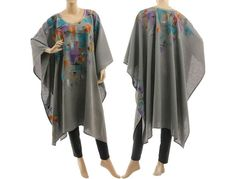 Boho linen poncho cape in grey hand painted grey von classydress