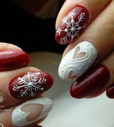Christmas Nail Art Ideas Chirstmas nails art design in Make you look beautiful and elegant at the same time. Xmas Nails, Holiday Nails, Red Nails, Red Christmas Nails, Nail Art Noel, Red Nail Art, Black Nail, Red Art, Nagel Stamping