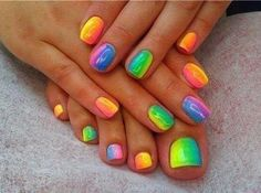 Fluro nails, love this!! Neon, bright, fluro,