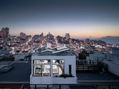 This home in San Francisco shows us what life is like at the top. #SanFrancisco #SFC #Home #HomeLife