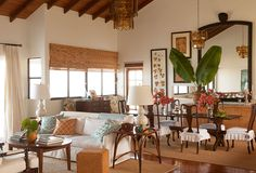 On Island Time: Furnishings with Tropical Allure