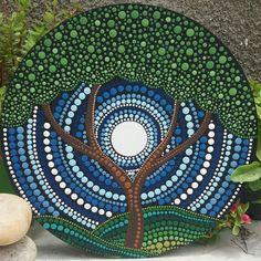 Round dot painting, sun and moon, art work, dot art, colour Mandalas Painting, Mandalas Drawing, Mandala Painted Rocks, Mandala Rocks, Vinyl Record Art, Vinyl Art, Dot Art Painting, Stone Painting, Tree Of Life Art