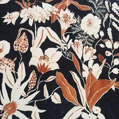 ✔ Cute Nails For Summer Floral Prints Plant Illustration, Watercolor Illustration, St Patricks Day Pictures, Textiles, Textile Prints, Typography Art, Surface Pattern Design, Flower Art, Print Patterns