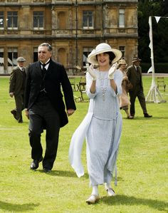 At the bazaar. Lady Grantham. Downton Abbey.