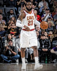detailed look baac0 e6a86 Contact Sport, Basketball Leagues, King James, Lebron James, Nba, Career,  Basketball, Carrera