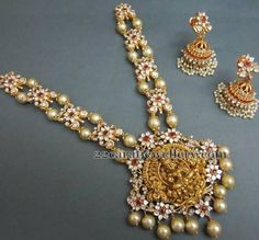 Nakshi Work Temple Jewellery Necklace with Pearls - Latest Indian Jewellery Designs Long Pearl Necklaces, Pearl Jewelry, Indian Jewelry, Wedding Jewelry, Jewelery, Charm Necklaces, Pearl Earrings, Gold Jewelry Simple, Simple Necklace