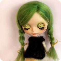 Blythe - love the green hair - eyelids