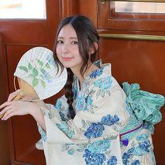 水色の牡丹を先染めベージュの綿麻にのせて。 手縫い併用のこだわり縫製。 http://item.rakuten.co.jp/utatane/09-03-03-017/ . . #うたたね部 utataneの浴衣を着たら是非#うたたね部 にUPして思い出共有♡ . . 【大好評につき延長!】utatane浴衣が実際に手にとって選べる♡その場で無料着付けサービス!※混雑時は先着順 船場センタービル5号館B1F北通り 「船場室町」内 開催期間: 7/31迄)※日曜定休 ※売り切れ次第終了 am9:00〜pm17:00 堺筋本町 10番出口、11番出口が最寄りです。 . #拡散希望(^ν^) #utatane #うたたね #浴衣 #ゆかた #日本 #japan #和 #和服 #yukata #着物 #kimono #instagood #レトロ #大正浪漫 . #R_Fashion #うたたね部 #utatane部 . #モデル募集 . 【utatane浴衣 meets LOFT】 . 【関東】 渋谷、池袋、船橋 . 【中部】 名古屋 . 【関西】 梅田、京都 あべの(7/13~)…