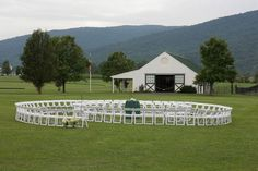 Instead of the usual bride's side/groom's side seating arrangement for an outdoor wedding, think outside the box and arrange chairs in a spiral; let guests sit where they like. EVERYONE has an aisle seat and good view!r From the Charlottesville Wedding Blog.  @Nicole Bryan