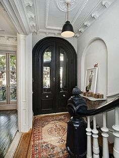 The house is 4,400 square feet - J. Crew creative director, Jenna Lyons, Brooklyn Townhouse