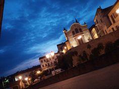 #Fubine #FubineMonferrato #estate2k17 #pinterest #ChiesaDeiBattuti #Cloudy #Piazza #Lampioni #Varcava #Tramonto #inoltrato #love #country #Italy #Italia #Europe #Europa #Earth #Terra