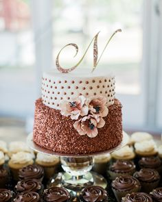 these cakes are as good as rose gold cake decorating ideas rh pinterest com