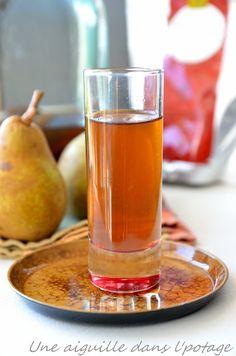 Rhum arrangé à la poire, anis étoilé et Lapsang Souchong. Bouteilles de Rhum Réunion en vente sur www.yumhbox.com