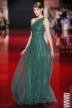 Elie Saab Fall Couture 2013 - Elie Saab dress- emerald/sea green one shouldered dress covered in sparkle and belted - Vestidos Elie Saab, Elie Saab Dresses, Evening Dresses, Prom Dresses, Formal Dresses, Dress Prom, Beautiful Gowns, Beautiful Outfits, Fashion Catwalk