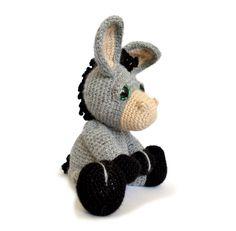 Dylan the Donkey amigurumi crochet pattern by Patchwork Moose (Kate E Hancock)