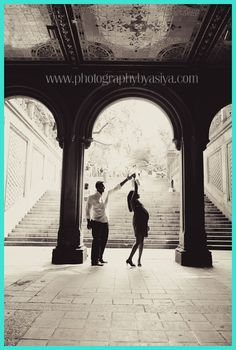 [Pregnancy Photography] Capturing the Intimacy of Expectant Parents - Bump Photography * Be sure to check out this helpful article. #PregnancyHacks