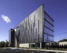 Gallery of Biotrial North American Headquarters / Francis Cauffman – 1 – Architecture is art Office Building Architecture, Building Exterior, Building Facade, Facade Architecture, Contemporary Architecture, Building Design, Chinese Architecture, Futuristic Architecture, Design 3d