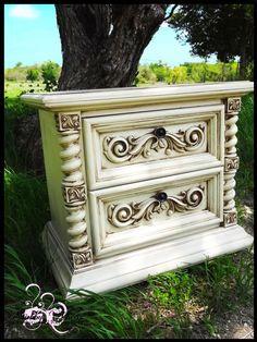shabby chea's paint w/ glaze furniture.