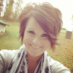 If you are ready for a new haircut then you should definitely give short haircut styles for women a try and you may be surprised at how many heads you turn with your new short hairstyle. Edgy Short Hair, Short Sassy Haircuts, Short Hair With Layers, Short Hair Cuts, Pixie Haircuts, Pixie Cuts, Pixie Hairstyles, Haircut Styles For Women, Short Haircut Styles