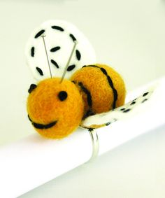 Bumbly Bee Pin Cushion Ring Kit | Jennifer Jangles