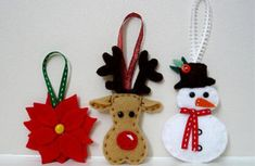 felt poinsettia, reindeer and snowman ornaments Christmas Decorations Sewing, Christmas Craft Projects, Felt Christmas Decorations, Felt Christmas Ornaments, Snowman Ornaments, Origami Christmas Tree, Christmas Crafts, Zipper Crafts, 242