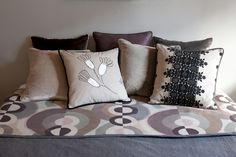 The bold combination. Bed Pillows, Pillow Cases, House, Motifs, Showroom, Inspiration, French, Paris, Curtains
