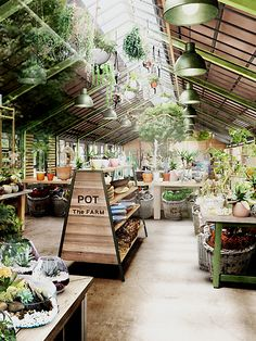 The farm universal ザ フ ァ-ム ユ ニ バ-サ ル osaka, japan greenhouse in 2019 garden Greenhouse Cafe, Greenhouse Plans, Greenhouse Gardening, Indoor Gardening, Gardening Tips, Farm Cafe, Farm Shop, Garden Cafe, Garden Shop