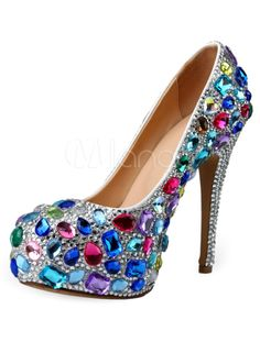 Want a wedding shoe that will outshine other shoes? Love this Topsqueen Wedding Bridal Sapphire Platform Heels, it has different colours that will surely meet your favourite. Bedazzled Shoes, Rhinestone Shoes, Bling Shoes, Muses Shoes, Shoe Selfie, Embellished Heels, Cinderella Shoes, Decorated Shoes, Beautiful Heels