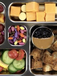 Most people are programmed to put a sandwich in their lunch box every day, but there are tons of other recipe ideas that are just as delicious and a ton more fun! What better way to still get your fave PB+J than deconstructing it into crunchy croutons to dip in your favorite peanut butter and jelly combo? Get a hunk of protein from cheese cubes and even dye-free chocolate covered sunflower seeds. Don't forget to add plenty of fruits and vegetables with refreshing summer sides like corn…