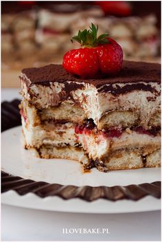 Ciasto tiramisu z truskawkami - I Love Bake 200 Calorie Meals, Sweets Cake, 200 Calories, Weight Loss Meal Plan, Food Cakes, Tiramisu, Delicious Desserts, Meal Planning, Cake Recipes