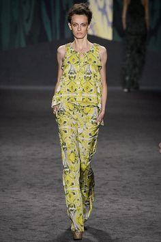 Vera Wang Spring/Summer RTW Look 8