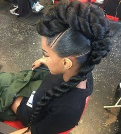 Something different,  something beautiful ♥ Hair styled by @_jazitup #weddaily