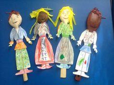 costume populare linguri de lemn
