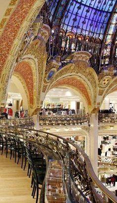 Galeria Lafaiete França