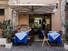 When in Rome: Eat At The Restaurants the Tourists Don't Know About : Condé Nast Traveler
