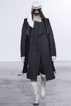 See the complete Boris Bidjan Saberi Fall 2016 Menswear collection.