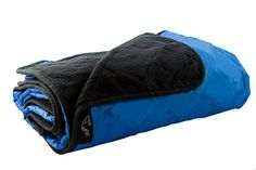 Amazon.com : Outdoor Camping Blanket Rainproof and Windproof! XL Stadium Blanket With Soft Fleece Material Keeps You Warm & Dry - Picnic Blanket Has Carrying Bag For Easy Storage & 1 Paracord Survival Bracelet : Sports & Outdoors