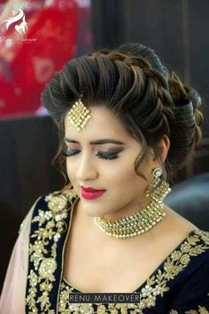 45 Trendy Hairstyles Updo Curly Makeup 45 Trendy Frisuren Hochsteckfrisur Curly Make-up Bridal Hairstyle Indian Wedding, Bridal Hair Buns, Bridal Hairdo, Indian Wedding Hairstyles, Indian Bridal Makeup, Bride Hairstyles, Trendy Hairstyles, Front Hair Styles, Medium Hair Styles