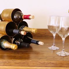 This DIY Wine Rack Is So Simple And (Bonus!) So Inexpensive - << good idea for storing water bottles that like to topple over too - Affordable Home Decor, Cheap Home Decor, Diy Home Decor, Woodworking Shows, Woodworking Bench Plans, Woodworking Classes, Woodworking Projects, Youtube Woodworking, Woodworking Basics