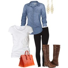A simple, comfortable outfit perfect for fall. #leggings #boots #brownboots