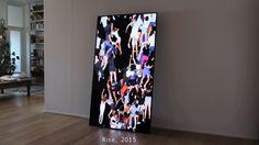 """Obra: """"Rise"""". Galería Bitforms (NY), de Daniel Canogar (Julio/2014) en Times Square instaló 1 plataforma para que todo aquel que quisiera participar era invitado a arrastrarse por la misma. Aquí la info: http://myartdiary.com/ video en: https://vimeo.com/120147608 -Más obras en: http://www.maxestrella.com/artista/Daniel%20Canogar/obra_70.html -Su pg web: http://www.danielcanogar.com/?lang=es"""