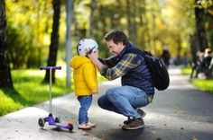 learn how hosting an Au Pair helps parents keep kids safe in public, with strategies to teach kids to stay safe in a variety of locations Best Scooter For Kids, Kids Scooter, Au Pair, Easy Jobs, Baby Online, Funny Cards, Work Humor, You Working, E Cards