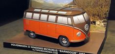 VW Microbus 23 Windows Barndoor Bus Free Vehicle Paper Model Download